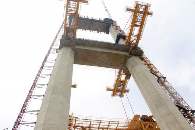 Ngắm cầu dây văng Bình Khánh cao nhất Việt Nam dần hiện hữu - Ảnh 10.
