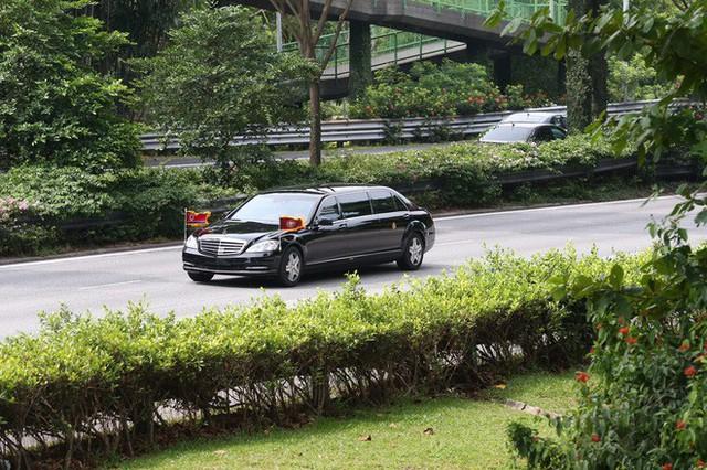 [ẢNH] Cận cảnh đoàn xe hộ tống hùng hậu của lãnh đạo Triều Tiên Kim Jong-un tại Singapore - Ảnh 11.