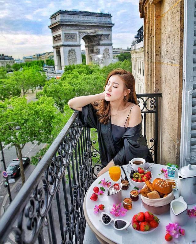Theo chân Hội con nhà giàu Việt hưởng thụ kỳ nghỉ hè trên khắp thế giới - Ảnh 22.