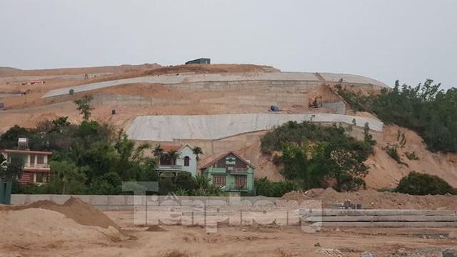 Tận thấy những ngọn đồi trọc đầu vì dự án ở Hạ Long - Ảnh 4.
