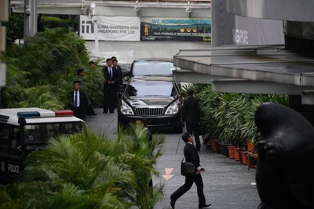 [ẢNH] Cận cảnh đoàn xe hộ tống hùng hậu của lãnh đạo Triều Tiên Kim Jong-un tại Singapore - Ảnh 5.
