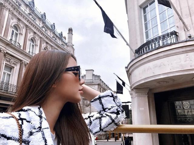 Theo chân Hội con nhà giàu Việt hưởng thụ kỳ nghỉ hè trên khắp thế giới - Ảnh 6.