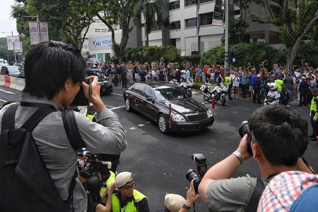 [ẢNH] Cận cảnh đoàn xe hộ tống hùng hậu của lãnh đạo Triều Tiên Kim Jong-un tại Singapore - Ảnh 6.