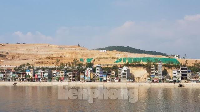 Tận thấy các ngọn đồi trọc đầu vì dự án ở Hạ Long - Ảnh 6.