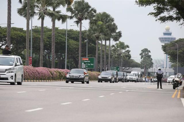[ẢNH] Cận cảnh đoàn xe hộ tống hùng hậu của lãnh đạo Triều Tiên Kim Jong-un tại Singapore - Ảnh 9.