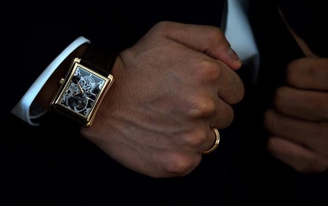 Một thập kỷ trôi qua, chiếc đồng hồ này vẫn là kiệt tác khiến giới mộ điệu say đắm - Ảnh 1.