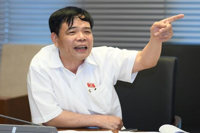 Bộ trưởng Nguyễn Xuân Cường: Bộ Tài nguyên và Môi trường đang quy định chuẩn nước thải chăn nuôi ở mức người cũng có thể tắm được! - Ảnh 1.