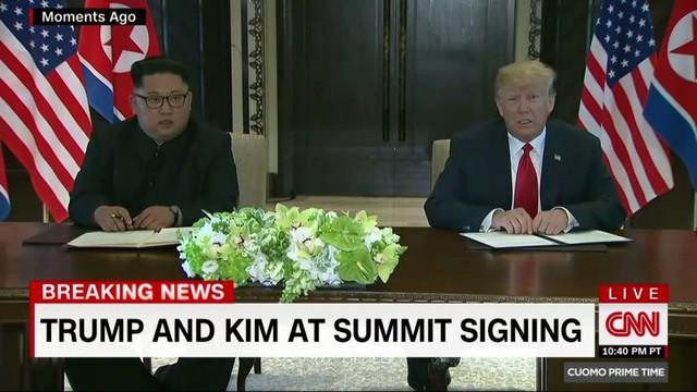 Tổng thống Trump sẽ mời ông Kim Jong Un tới Nhà Trắng, hai nhà lãnh đạo từ biệt tại Singapore - Ảnh 1.