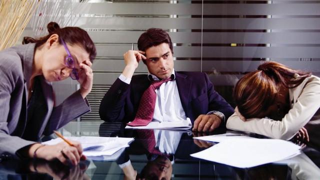 5 biểu hiện cho thấy bạn là một nhân viên có vấn đề, thay đổi ngay nếu không muốn bị đào thải - Ảnh 1.