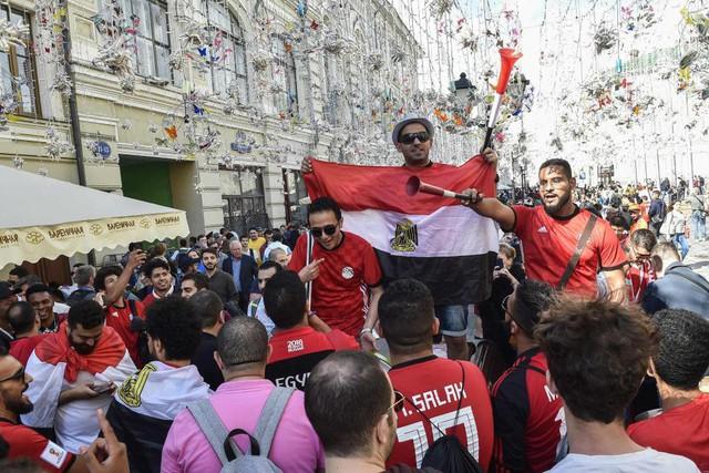 Fan thế giới tạo ra bầu không khí lễ hội ở Nga trong ngày khai mạc World Cup 2018 - Ảnh 7.