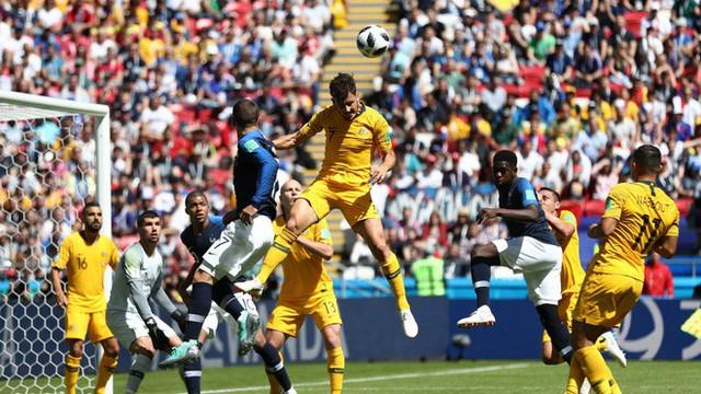 Pogba cần đến 2 người bạn mới giúp tuyển Pháp vật vã bước qua nổi trận khai màn - Ảnh 1.