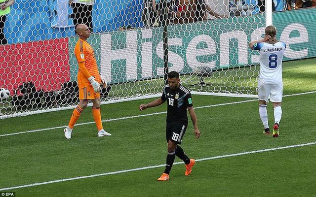 Trước những chiến binh Viking, Messi cúi mặt hát bài Đừng khóc cho tôi, Argentina - Ảnh 11.