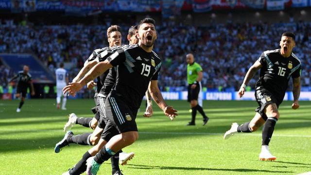 Trước những chiến binh Viking, Messi cúi mặt hát bài Đừng khóc cho tôi, Argentina - Ảnh 3.