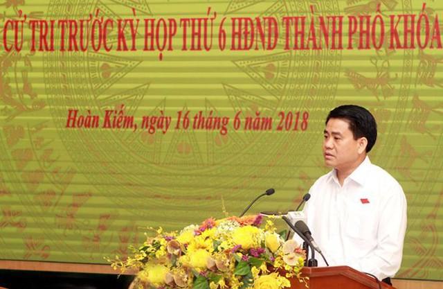 Chủ tịch Hà Nội: Xây nhà cao tầng là xu hướng tất yếu - Ảnh 1.