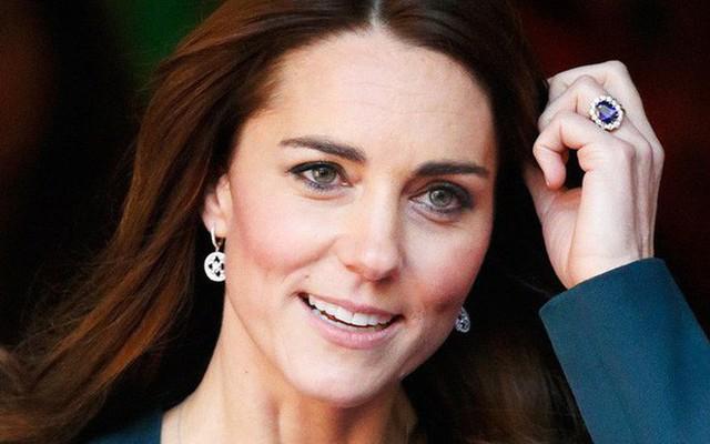 Từ khi làm dâu hoàng gia, Công nương Kate cũng được ưu ái khi nhận những món quà giá trị này - Ảnh 2.