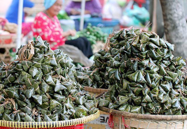 Tết Đoan Ngọ ở Sài Gòn có bánh bá trạng ú ụ tôm thịt trứng muối và đây là những địa chỉ để bạn tìm mua - Ảnh 18.
