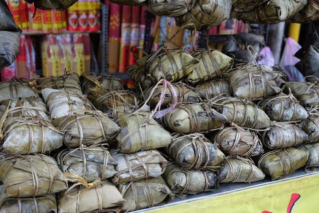 Tết Đoan Ngọ ở Sài Gòn có bánh bá trạng ú ụ tôm thịt trứng muối và đây là những địa chỉ để bạn tìm mua - Ảnh 13.