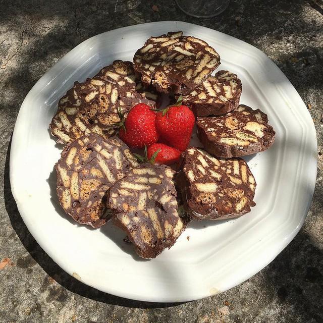 Không chỉ có World Cup rực lửa, nước Nga còn hấp dẫn và quyến rũ với món xúc xích chocolate ngọt ngào - Ảnh 8.