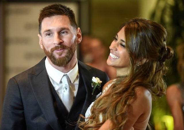 Lionel Messi - chàng cầu thủ biết yêu từ năm... 9 tuổi nhưng từ đó đến nay đã 22 năm chỉ chung thủy với duy nhất một người - Ảnh 6.