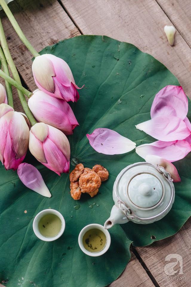 Trà dệt hương sen - thứ trà ủ cả ngàn bông sen Hồ Tây, cả chục triệu một cân vẫn đắt hàng của Hà Nội - Ảnh 2.