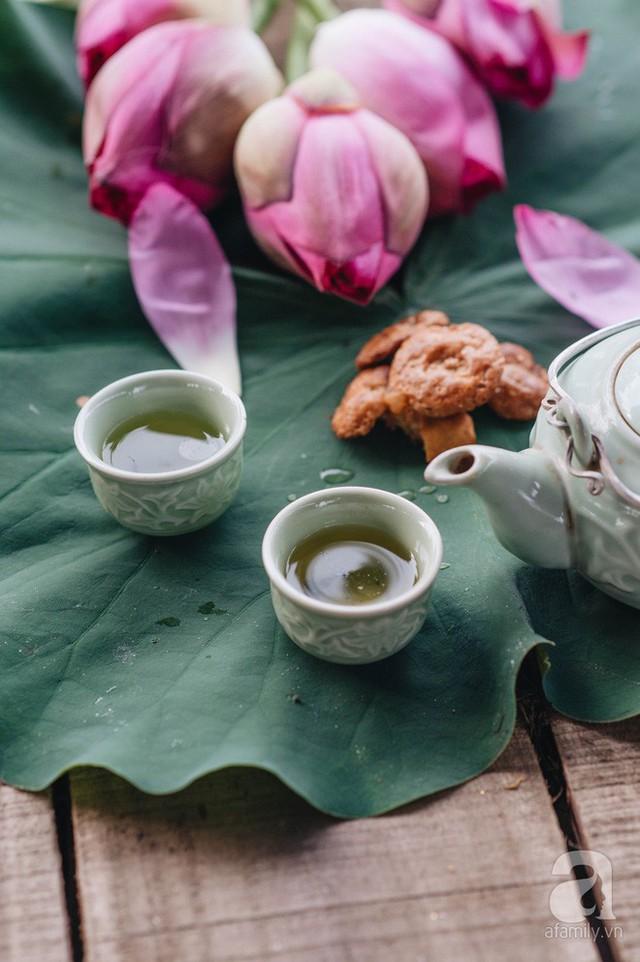 Trà dệt hương sen - thứ trà ủ cả ngàn bông sen Hồ Tây, cả chục triệu một cân vẫn đắt hàng của Hà Nội - Ảnh 10.