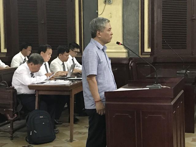 Phiên toà chiều 25/6: Nguyên phó thống đốc Đặng Thanh Bình nói cáo trạng đã truy tố không đúng - Ảnh 2.