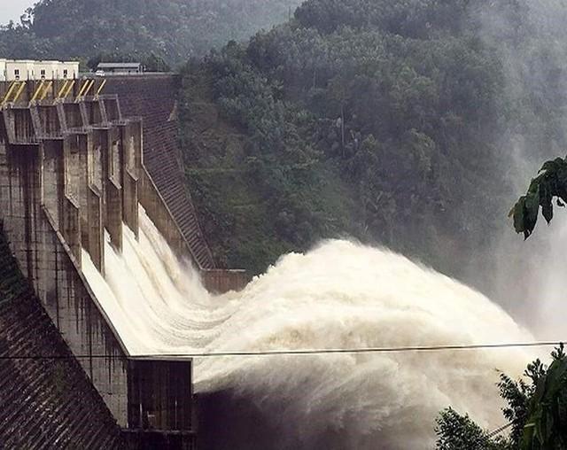 Chiều nay thủy điện Lai Châu sẽ xả lũ - Ảnh 1.