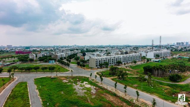 Ngổn ngang dự án khu thành thị 2 tỷ đô ven bờ sông đẹp nhất Sài Gòn sau gần 10 năm đầu tư - Ảnh 14.