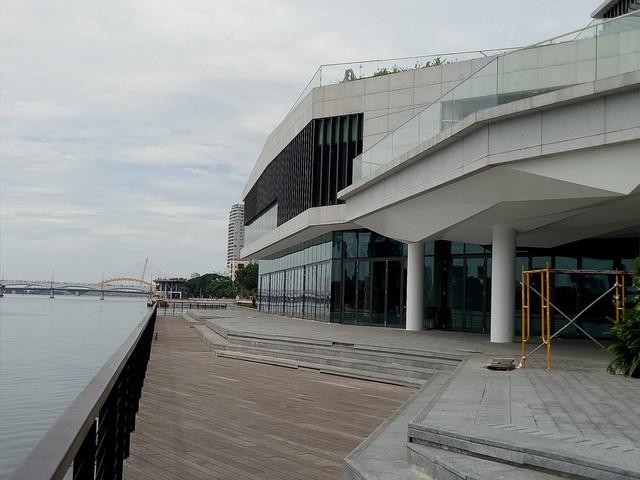 Cận cảnh dự án nhà hàng, bến du thuyền của Vũ nhôm ngay bờ sông Hàn đang bị tham khảo thu hồi - Ảnh 3.