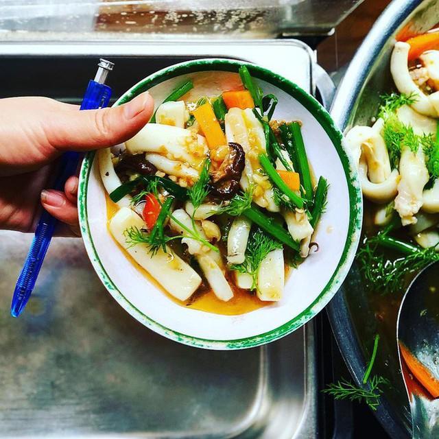 Ngoài cơm Vinh Thu thì Hà Nội còn có 4 hàng cơm bình dân nổi tiếng không kém phần - Ảnh 5.