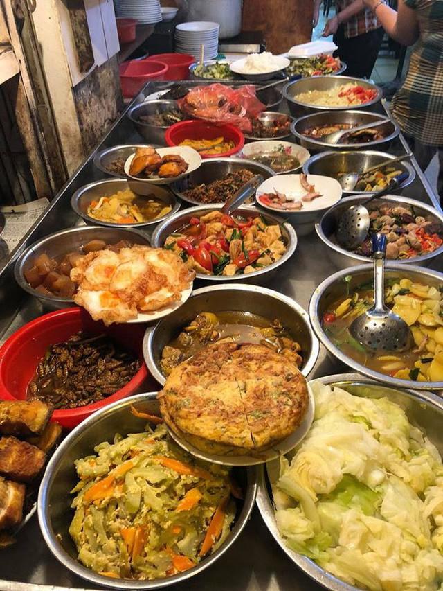 Ngoài cơm Vinh Thu thì Hà Nội còn có 4 hàng cơm bình dân nổi tiếng không kém phần - Ảnh 16.