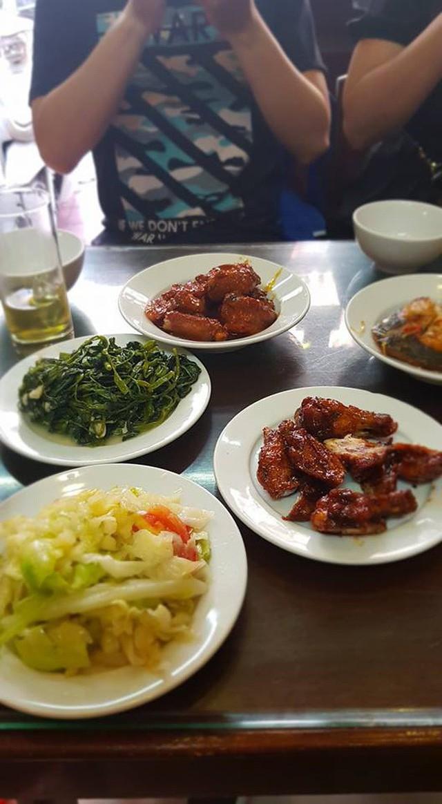 Ngoài cơm Vinh Thu thì Hà Nội còn có 4 hàng cơm bình dân nổi tiếng không kém phần - Ảnh 9.
