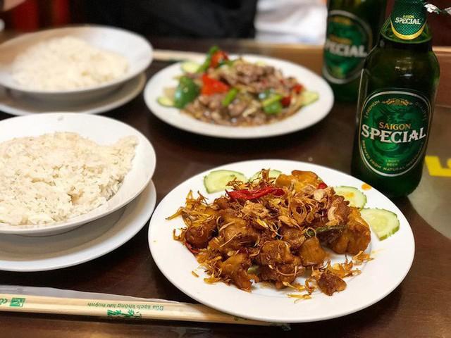 Ngoài cơm Vinh Thu thì Hà Nội còn có 4 hàng cơm bình dân nổi tiếng không kém phần - Ảnh 11.