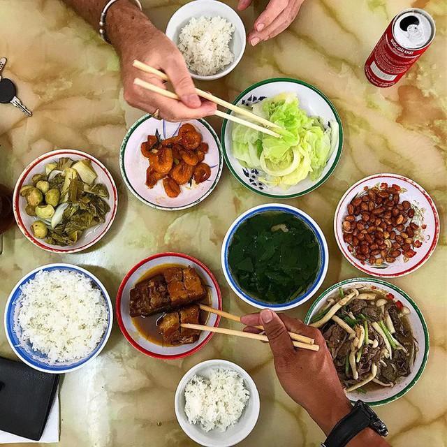 Ngoài cơm Vinh Thu thì Hà Nội còn có 4 hàng cơm bình dân nổi tiếng không kém phần - Ảnh 3.