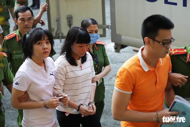 Nhóm khủng bố sân bay Tân Sơn Nhất lại hầu tòa - Ảnh 4.
