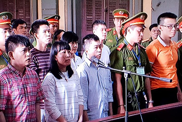 Nhóm khủng bố sân bay Tân Sơn Nhất lại hầu tòa - Ảnh 5.