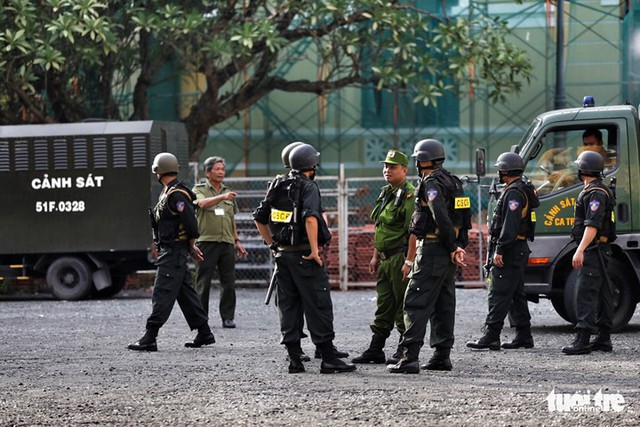 Nhóm khủng bố sân bay Tân Sơn Nhất lại hầu tòa - Ảnh 7.