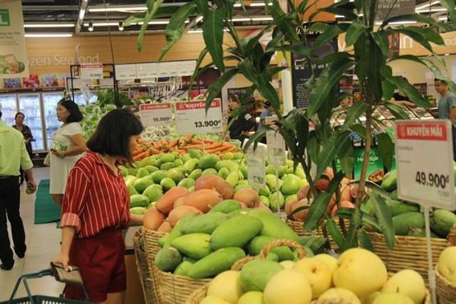 Dân Sài Gòn được mùa trái cây ngon bổ rẻ   - Ảnh 2.