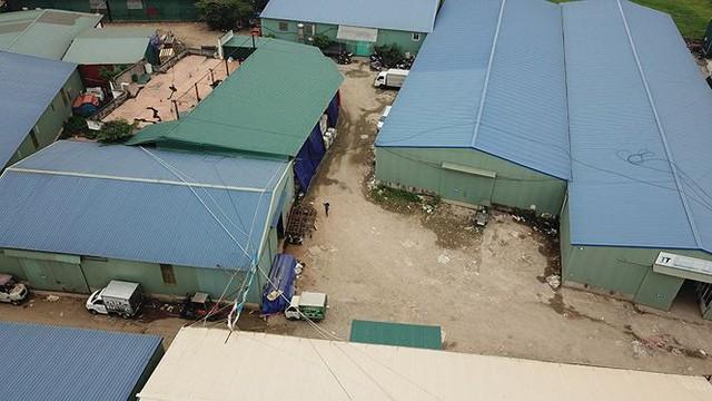 Hàng nghìn mét vuông nhà xưởng không phép vô tư tồn tại giữa Thủ đô - Ảnh 2.