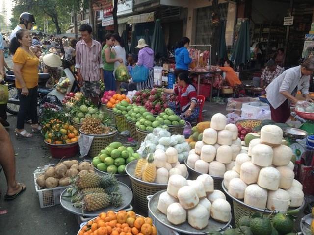 Dân Sài Gòn được mùa trái cây ngon bổ rẻ   - Ảnh 5.