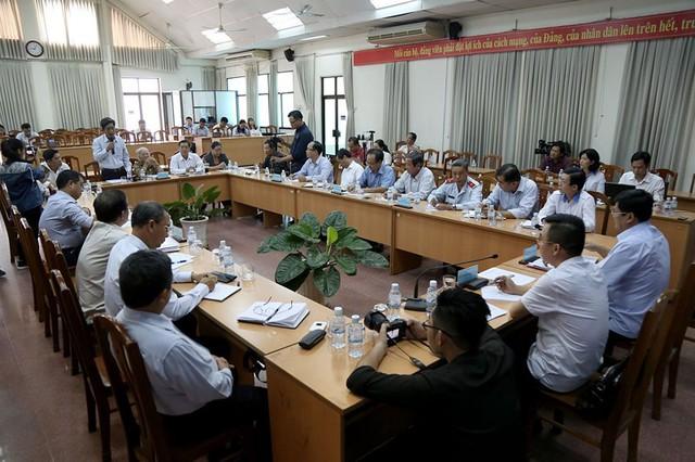 Toàn cảnh lãnh đạo Ban tiếp dân TW và TP.HCM gặp dân Thủ Thiêm - Ảnh 1.