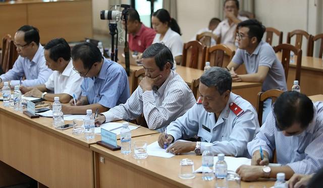 Toàn cảnh lãnh đạo Ban tiếp dân TW và TP.HCM gặp dân Thủ Thiêm - Ảnh 3.