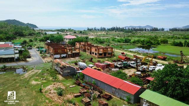Cận cảnh siêu dự án nghỉ dưỡng ven bãi biển đẹp nhất Ninh Thuận bị bỏ hoang, sắp đến thời điểm bị thu hồi - Ảnh 18.