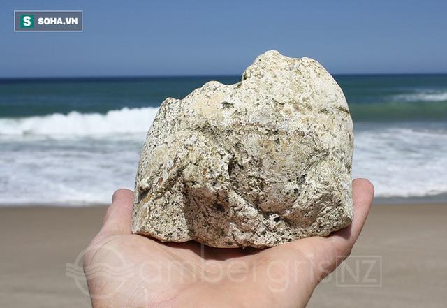 Bí ẩn hai viên đá cực đẹp tỏa hương thơm, trả 5 tỉ cũng không bán ở Gia Lai! - Ảnh 2.