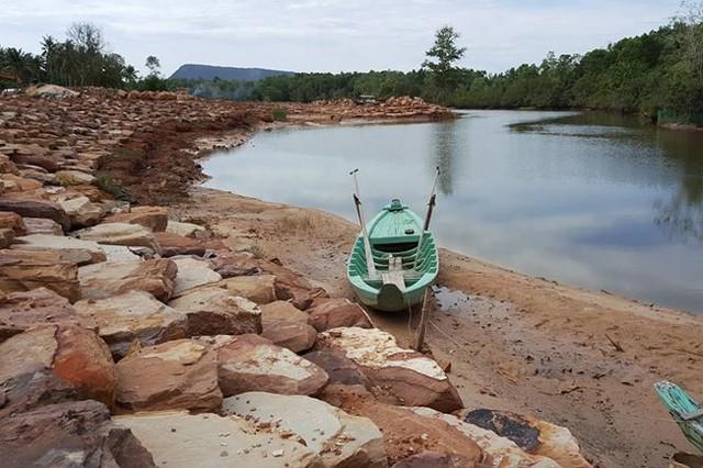 Phú Quốc sau đất đai bị băm nát đến lượt một số sông bị bức tử - Ảnh 11.