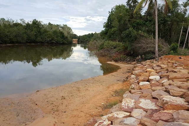 Phú Quốc sau đất đai bị băm nát đến lượt một số sông bị bức tử - Ảnh 10.