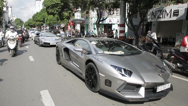 Bugatti Veyron của ông Đặng Lê Nguyên Vũ có thể phải để xe tải cõng qua đường xấu - Ảnh 5.