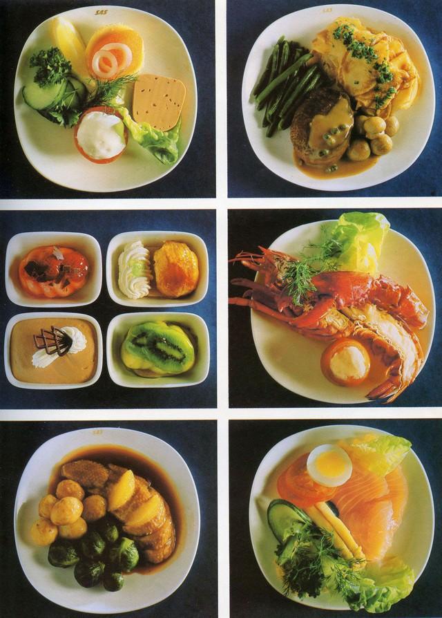20 bức ảnh cho thấy bữa ăn trên máy bay ngày xưa còn sang chảnh hơn nhà hàng 5 sao bây giờ - Ảnh 13.