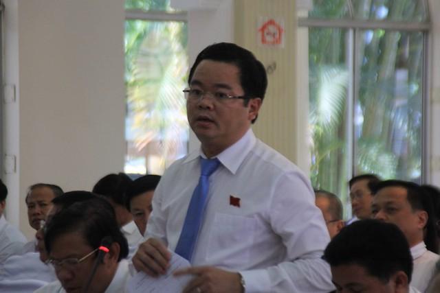 Nhiều cán bộ chủ chốt Đà Nẵng đồng loạt nghỉ hưu - Ảnh 3.