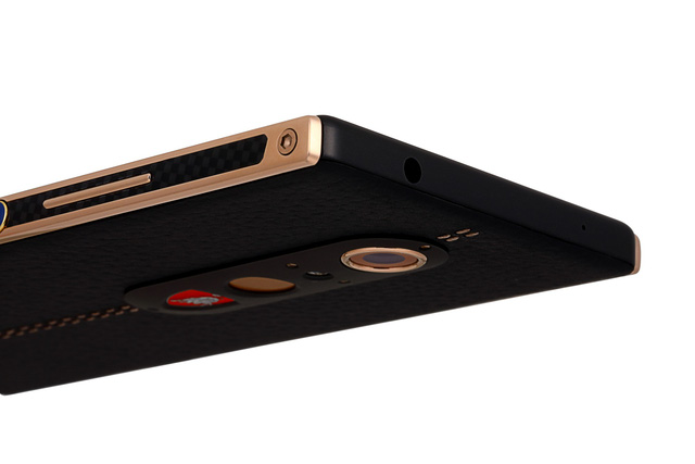 Chiêm ngưỡng chiếc điện thoại thông minh mà Lamborghini tạo ra cho giới nhà giàu - Ảnh 5.